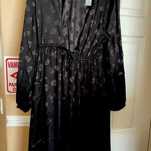 TORRID Skull Kimono! NWT, Size 2 (2X, 18-20)